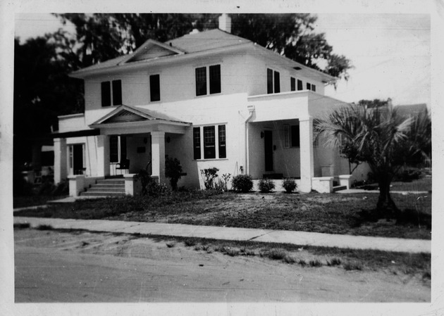 Photograph of Winnie Wright Childre's home in Gainesville, Florida - Image 1