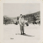 Photograph of Henri Landwirth skiing