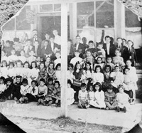 Ybor City Baptist School, April 1, 1909, with Pastor Clark on the last row.