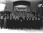 Large group of University of Florida freshmen wearing rat caps