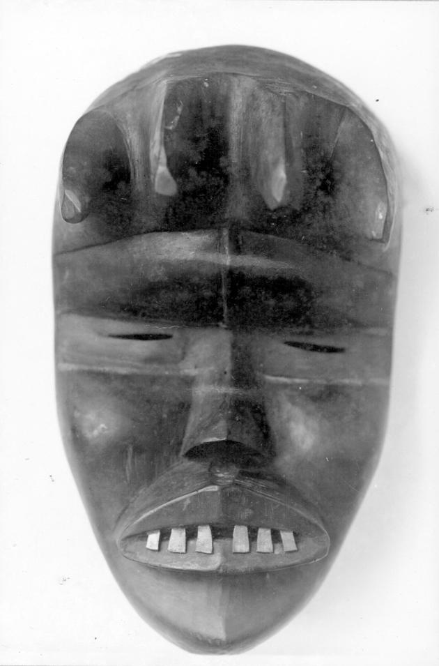 Photo: Mask 6. Figure with six protruding teeth.