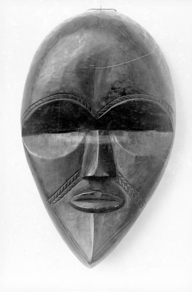 Photo: Mask 3. Almond-shaped figure.