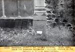 Cole des Sciences Appliquees - P.- au-p. - plaque  de fer donnant la date de contruction. Sept. 1929