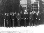 Stock judging group outside the Agricultural Experiment Station on the University of Florida campus