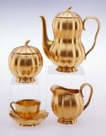 Coffee cup with saucer: gourd